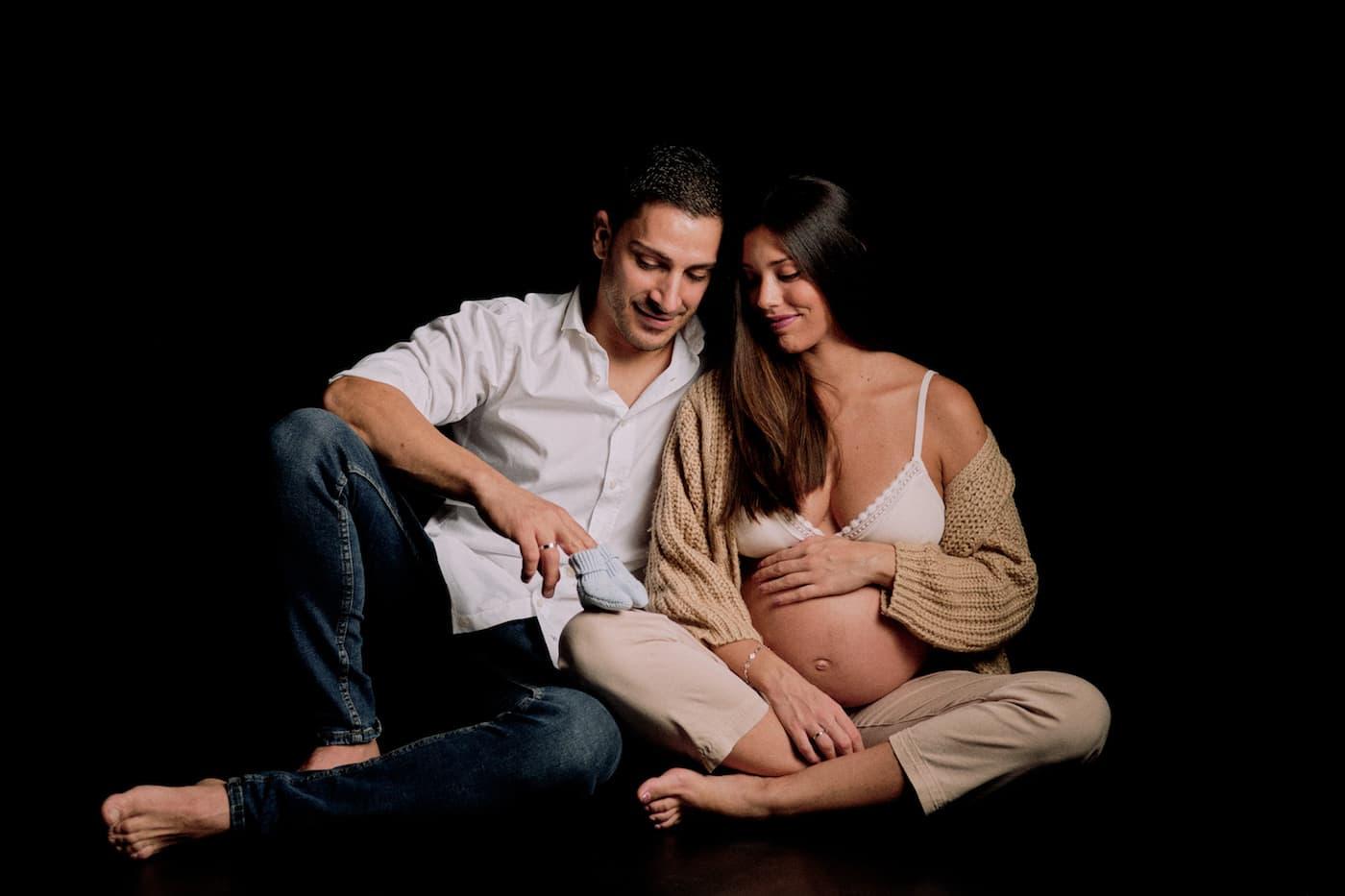 sesion-embarazo-fotografo-ecija-primeras-sonrisas
